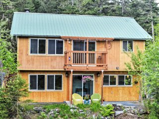 New! Rustic 1BR Seward Apartment w/ Views!