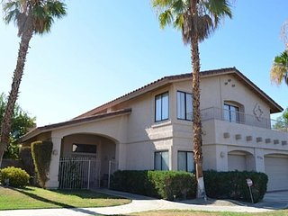 La Quinta - 5 bedrooms - 3.5 baths