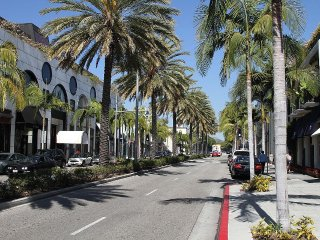 Doheny Dr 2 Bedroom Apartment Beverly Hills, 90211
