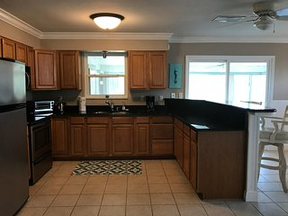 Renovated 2/2 Ormond Beach Home~50ft to Beach~Sleeps 9~Monthly Guests Welcome!