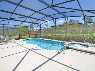 4151OD. Beautiful 5 Bedroom Pool Home in the Gated Solterra Resort