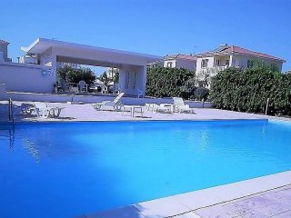 Faros beach -Luxury  apartment ,communal pool- Panoramic & Sea view