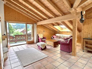 Champery Apartment Sleeps 4 with Pool and Free WiFi - 5677247