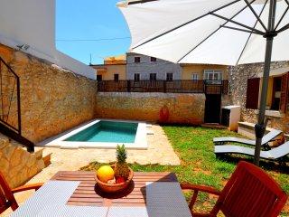 Bonita casa con piscina en Binissalem