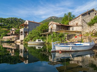 Paradise Lake House - National Park Skadar Lake Village Karuc