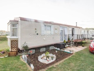 26005 area B, 2 Bed, 6 Berth on a spacious pitch. Ruby rated