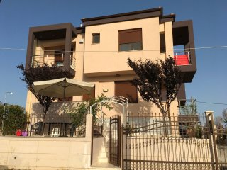 VILLA ON SANDY BEACH, ALL YEAR FOR RENT