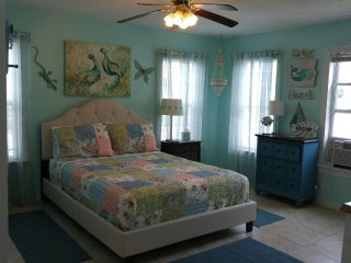 Unit 10 BUDGET RENTAL 1 BLK TO GREAT BEACH!- PLEASURE PIER