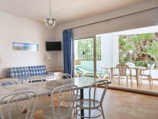 Two-Bedroom Apartment with Side Sea View located 50m from the beach.