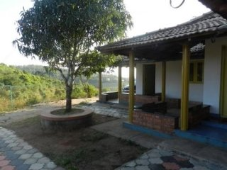 4-bedroom homestay ideal for a large group