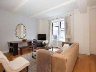 CO2H Luxury 5 Star Condo in Upper West Side