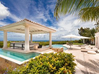 AGORA... gorgeous luxury 4BR villa in Terres Basses.  Perfect couples