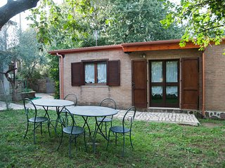 Charming country house with pool 15 minutes from Rome