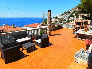 Maison de vacances avec vue sur la Mer à 50m de la crique de Canyelles, Roses