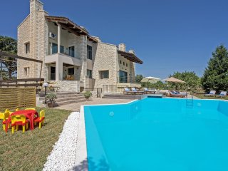 Luxury Holiday Villa Dreamcatcher only 2km from the Sea