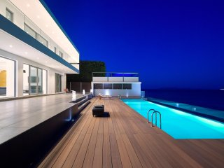Escape to design Luxury & Endless Tranquility in Epavli Luxury Villa in Crete.