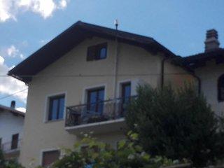 Trilocale in collina a 4 km dal centro di Aosta