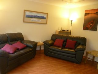 Cairngorm Apartment One, Central Aviemore (holiday let)