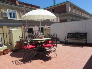 Stunning Apartment Huge Terrace in the Hearth of Madrid up to 5 Guests