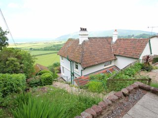 Elthorne, Porlock - Spacious holiday cottage with fantastic views