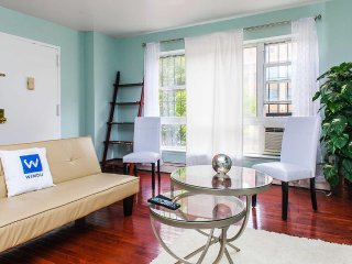 YOUR COMFORT HOME 2 BEDROOM DUPLEX APARTMENT IN MANHATTAN