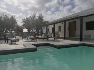 Villa Lomo Cordobes, relax & wonderfull views, pool and jacuzzi