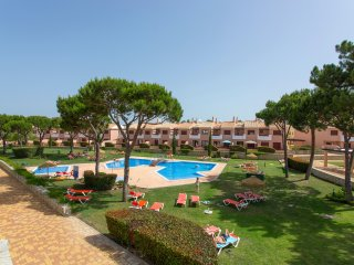 Stylish Apartment in Vila Sol Resort, Vilamoura, Algarve
