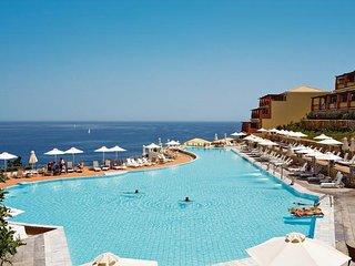3 bedroom villa within Apostolata 5 star resort
