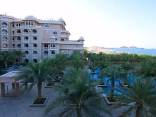 Exclusive 2 Bedroom Flat with Balcony in Palm Jumeirah