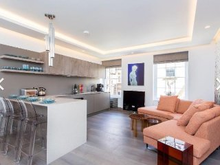 A stunning apartment in the heart of soho
