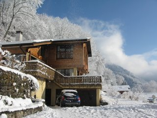 Grand Chalet super Vue montagne 5 mins du Telecabine pour le ski