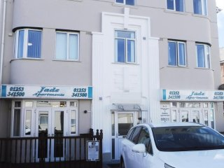 Jade Apartments South Shore Flat 3