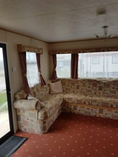 8 Berth caravan to rent