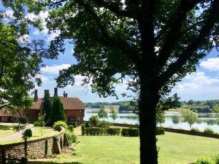 Waterside Manor