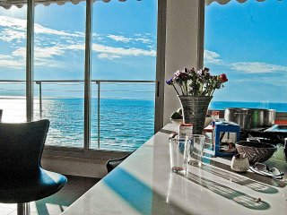 Superb Sea View, Beach Front 2 BR