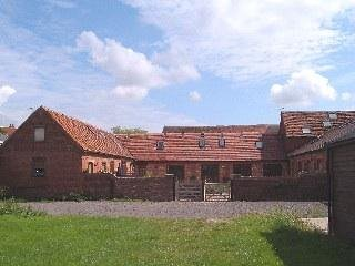 Warwickshire Self Catering Barn Sleeps 10