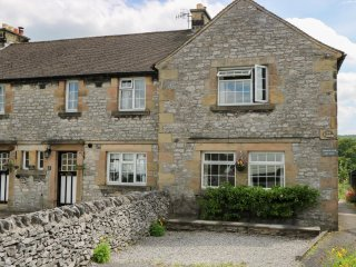 DIMBERLYNE COTTAGE, character, WiFi, countryside, in Youlgreave, ref:955029