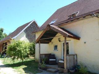 Cosy Gite in Pretty Dordogne Village