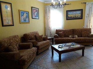 Casa amplia, centrica y con todas las comodidades