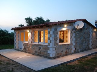 STONE HOUSE IN A BIO COTTAGE