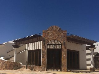 Casa Mar de Cortez Dos 3 bedroom beach house great views of the Sea of Cortez