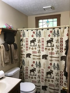 Dancing Bear bathroom comes with towels, soap and shampoo!