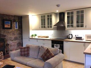 Newly refurbished Buzzard cottage