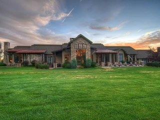 Finest Luxury Ranch in Steamboat (6 BR, 8 lakes)