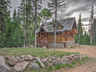 NEW! Stunning 4BR Luxury Brian Head Cabin w/ Deck!