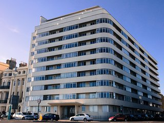 Embassy Court, the beautiful1930's Modernist icon. We are on the top floor right at the very front.
