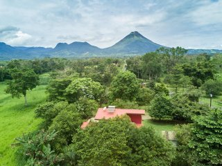 Villa La Fortuna: Charming & Comfortable
