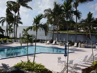 Luxurious 2 Bedroom Condo Located in Exclusive Ocean Reef Club