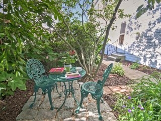 Gettysburg Townhome w/Patio - Near Historic Sites!