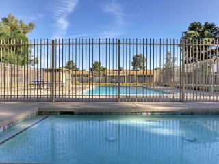Mesa Townhome w/Pool Access Near Spring Training!